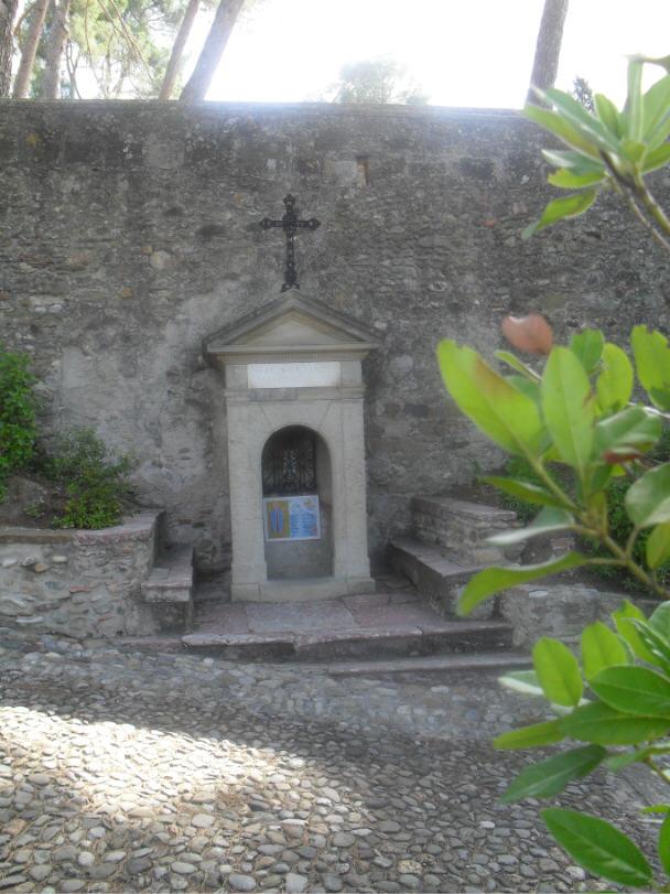La fontaine de Notre-Dame de Marceille