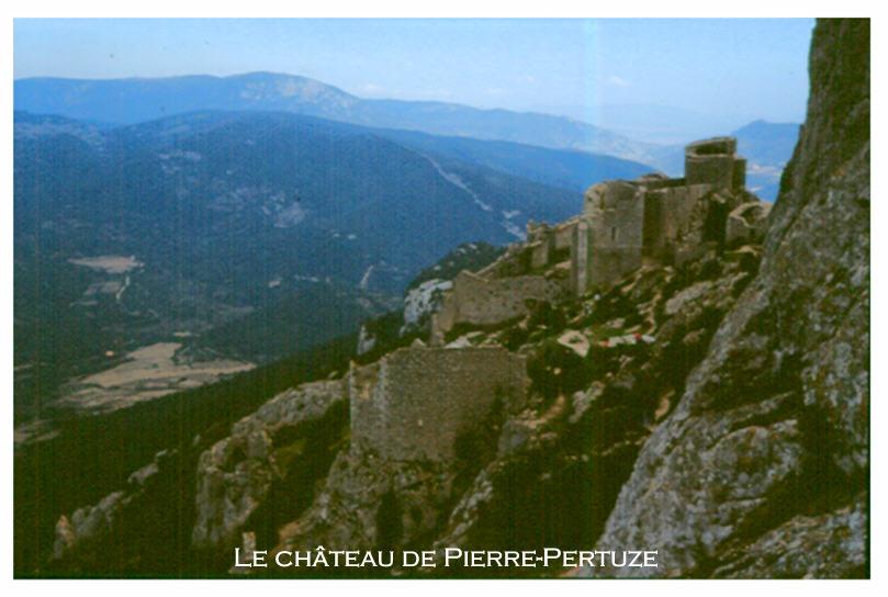 Le château Cathare de Pierre-Pertuze (Aude)