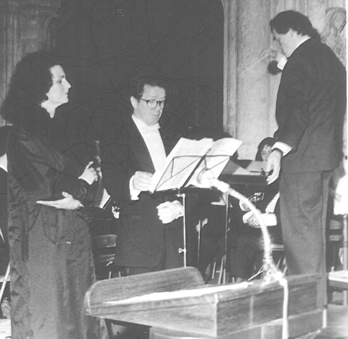 Les deux solistes et Gilles Millière (chef d'Orchestre)